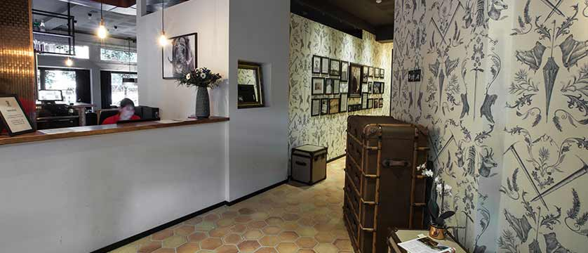 Hotel Pointe Isabelle, Chamonix, France - Reception.jpg